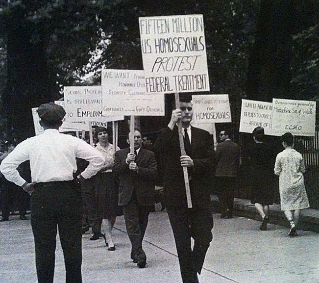Activists Picket White House, 1965