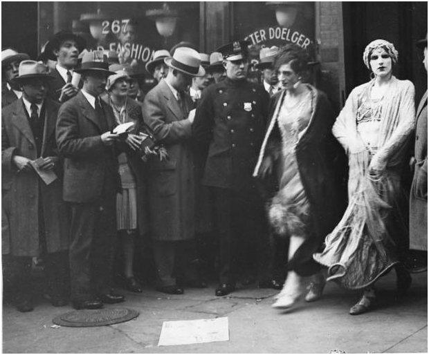 1928 Pleasure Man cast during arrest SOURCE UNCLEAR.jpg