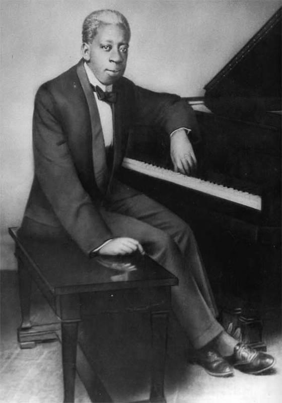 Tony Jackson at Piano
