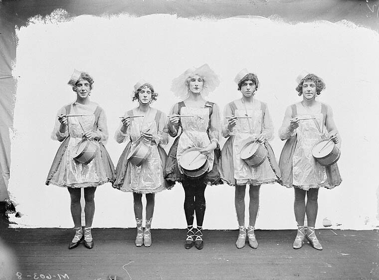 "1919 Dumbells ""Big Beauty Chorus"" c1919 Ross Hamilton (Marjorie) center Dept of National Defence/Library and Archives, Canada.jpg"