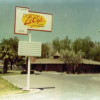 Disco Le Cafe, 1983